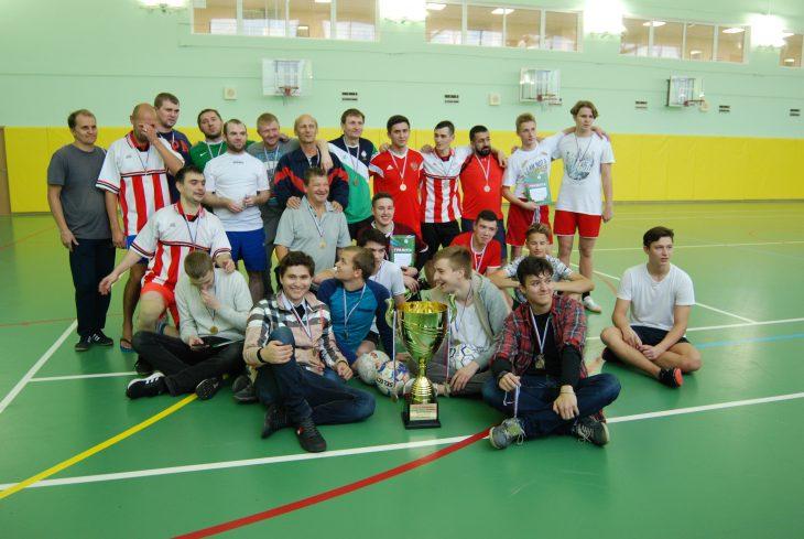 Общее фото участников турнира